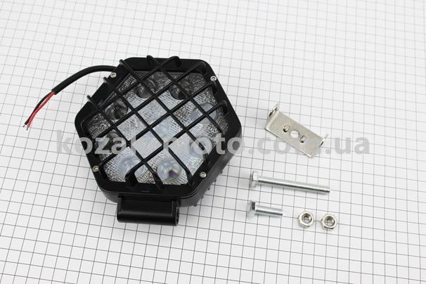 (Китай)  Фара дополнительная светодиодная влагозащитная - 9 LED с креплением, шестигранная 124*138мм + решетка